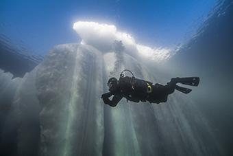 Scuba Ice Diving