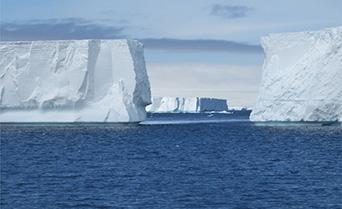 Weddell Sea - Antarctic Discoverer